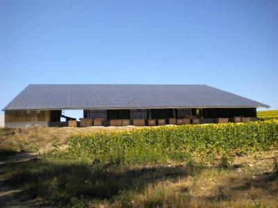 Centrale photovoltaïque intégrée basse tension de Plaimpied-Givaudins (18)