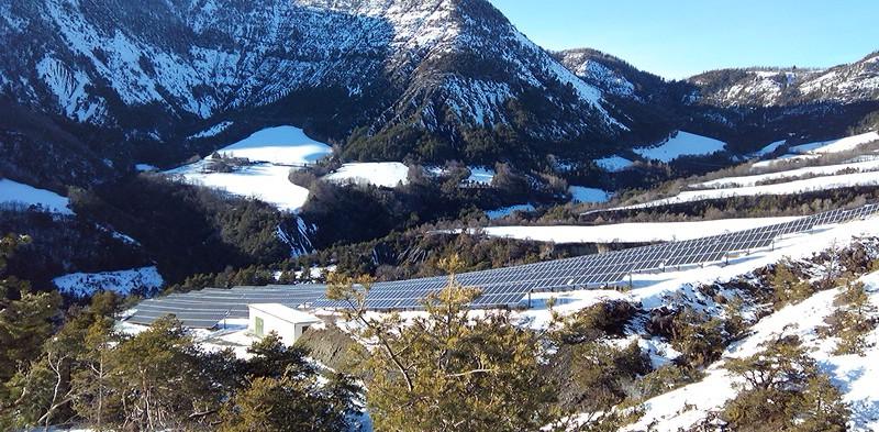 Centrale photovoltaïque au sol d'Espinasses (05)